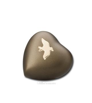 Avondale Russet Heart Memento