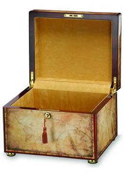 Traveler Memory Chest Urn